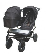 Mountain Buggy Duet with 1 carrycot