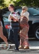 A pregnant Kate Hudson with Boyfriend Matt Bellamy