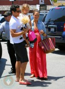 A Pregnant Jessica Alba, Cash Warren and Honor Warren