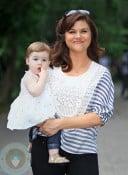 Tiffani Thiessen with daughter Harper