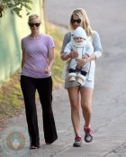 Amy Smart and Ali Larter with son Theodore