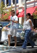 Curtis Stone and his pregnant wife Lindsay Price