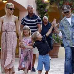 Gwyneth Vacations in Italy With Her Kids