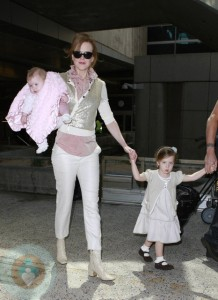 Nicole Kidman with daughter Sunday Rose and Faith Margaret