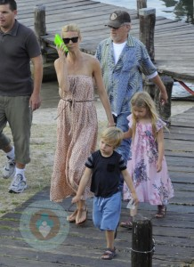 Steven Spielberg and Gwyneth Paltrow with the actresses children Apple & Moses Martin