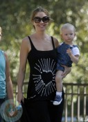 A pregnant Rebecca Gayheart with daughter Billie Dane