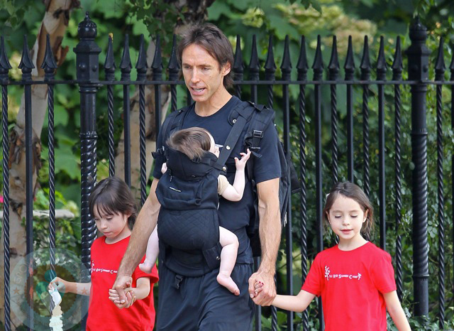 Steve Nash In Central Park With Lola And Bella And Baby