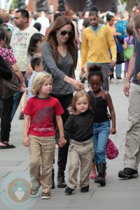 Angelina Jolie with her daughters Shiloh & Zahara and twins Know and Vivienne(not shown)