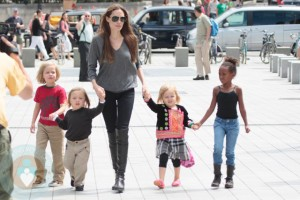 Angelina Jolie with her daughters Shiloh & Zahara and twins Know and Vivienne