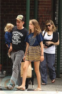 Ethan Hawke and Ryan Shawhughes with their daughters Clementine and Indiana