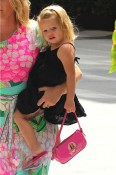 Rebecca Romijn with twin daughters, Dolly and Charlie