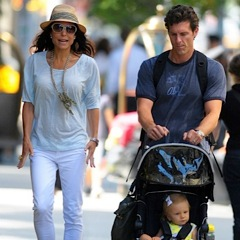 Bethenny and Jason Take Bryn For A Stroll