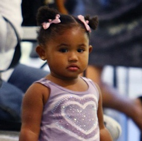 Christina Milian Shops With Her Little Ballerina!