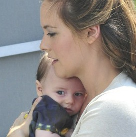 Alicia Silverstone Cuddles Her Little Bear!
