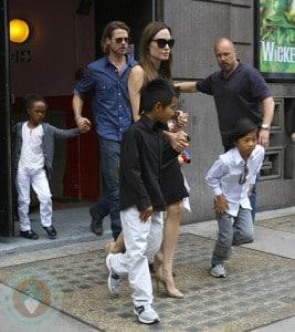 Brad Pitt and Angelina Jolie with their kids Pax, Shiloh, Zahara and Maddox