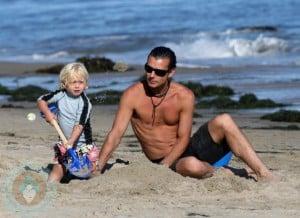Gavin and Zuma Rossdale at the beach in Malibu