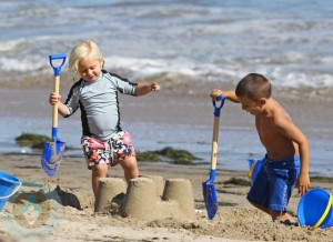 Kingston and Zuma Rossdale at the beach in Malibu