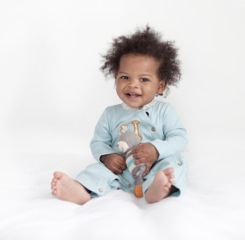 Finn + Emma ~ Gorgeous organic clothing, bedding and toys for babies!
