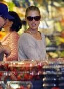 Ali Larter shopping