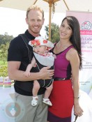 Ian and Erin Ziering with daughter Mia