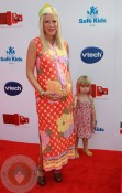 Tori Spelling and daughter Stella