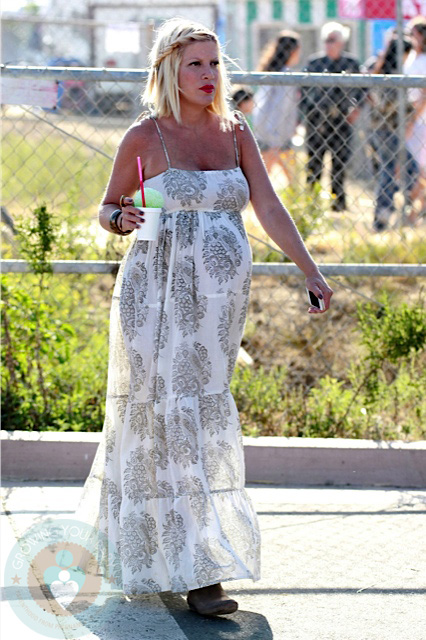 Tori Spelling At The Malibu fair