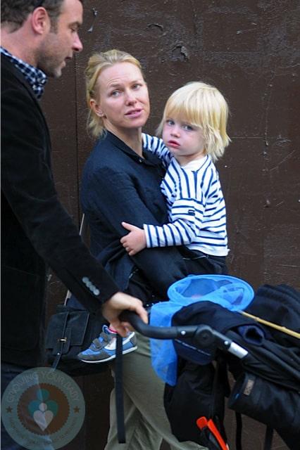 Naomi Watts and Liev Schreiber with son Sammy