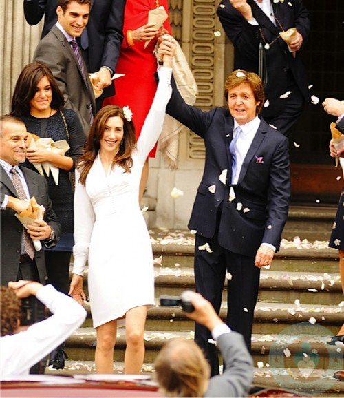 Paul McCartney Ties The Knot Daughter Beatrice Serves As Flowergirl