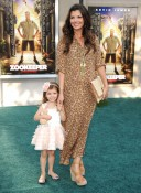 Ali Landry and daughter Estella At Zookeeper premiere 2