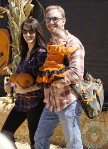 Ian and Erin Ziering with daughter Mia At Mr