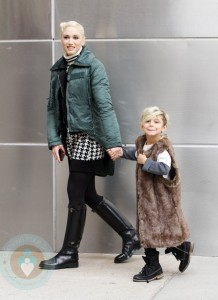 Gwen and a stylish Kingston hit the Museum