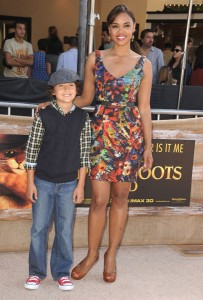 Sharon Leal with son at Puss In Boot premiere