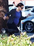 A pregnant Jennifer Garner jumps a hedge in Brentwood