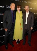 Bryce Dallas Howard with dad Ron and grandfather Rance Howard on the Red Carpet