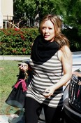 Pregnancy Hilary Duff leaving Yoga