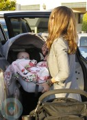 Jessica Alba out shopping at ToysRUS with Haven