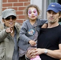 Olivier Martinez & Halle Berry Treat Nahla To A Day at Disneyland!