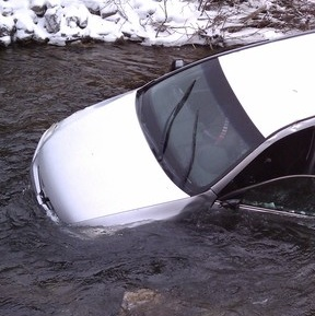 Motorists Save Three Young Children from Icy Utah River