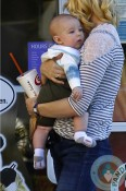 January Jones and her son Xander out in LA 4