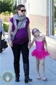 Pregnant Jennifer Garner drops her little ballerina off at class