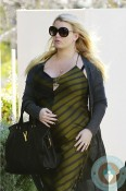 Pregnant Jessica Simpson in LA