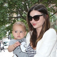 Miranda Kerr Runs Errands With Flynn