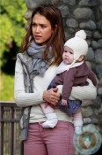 Jessica Alba @ the park with daughter Haven