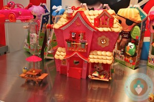 Lalaloopsy 2012 miniatures doll house