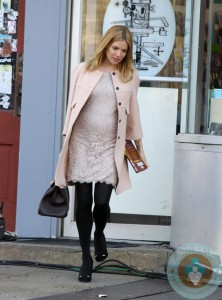 Pregnant Sienna Miller Filming 'A Case of You' in NYC