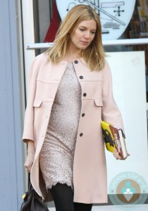 Pregnant Sienna Miller Filming on set of 'A Case of You'