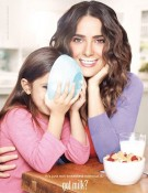 Salma Hayek with daughter Valentina in Got Milk ads