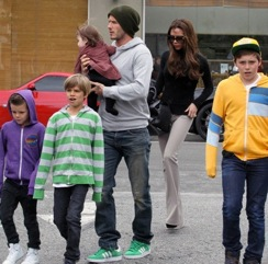 The Beckham Family Lunches in LA!