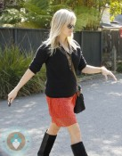 A pregnant Reese Witherspoon out in LA