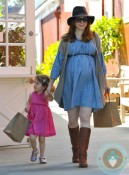 Alyson Hannigan & Satyana at the Brentwood Market